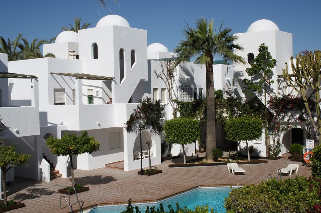Vacaciones apartamentos y hoteles apartamentos for Hoteles en vera almeria